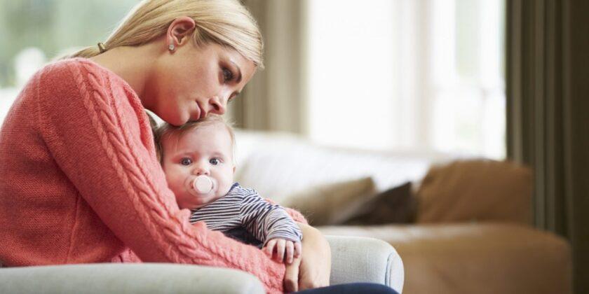 Cum poti sa treci mai usor peste depresia postnatala